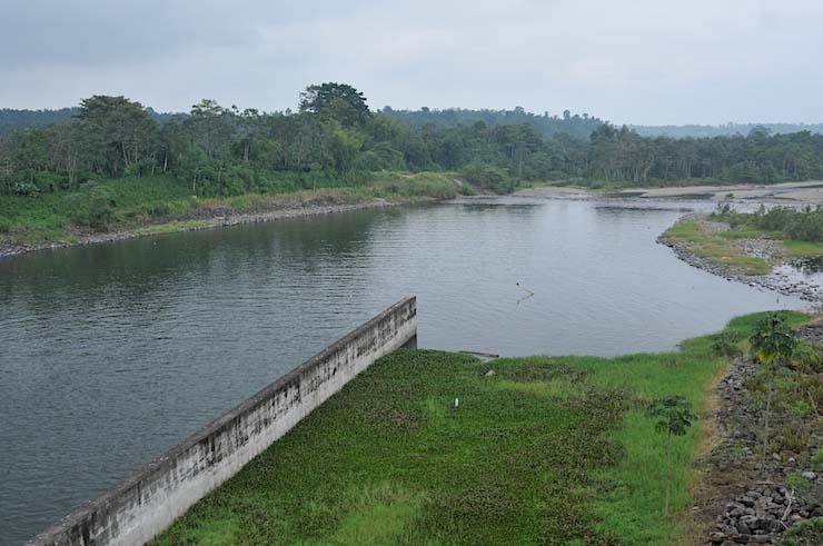impacto social y ambiental hidroeléctrica Baba