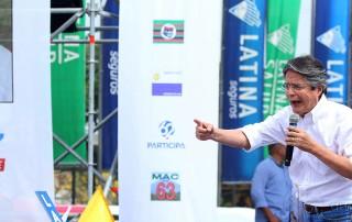 Guillermo Lasso candidato a la presidencia por el movimiento CREO