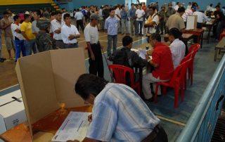 consulta popular Ecuador 2017