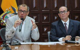 Glas demanda al juez nacional Miguel Jurado