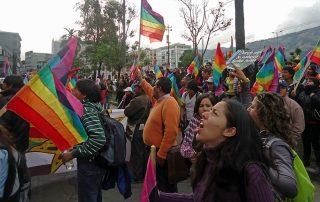 ¿mejoró la democracia en Ecuador?