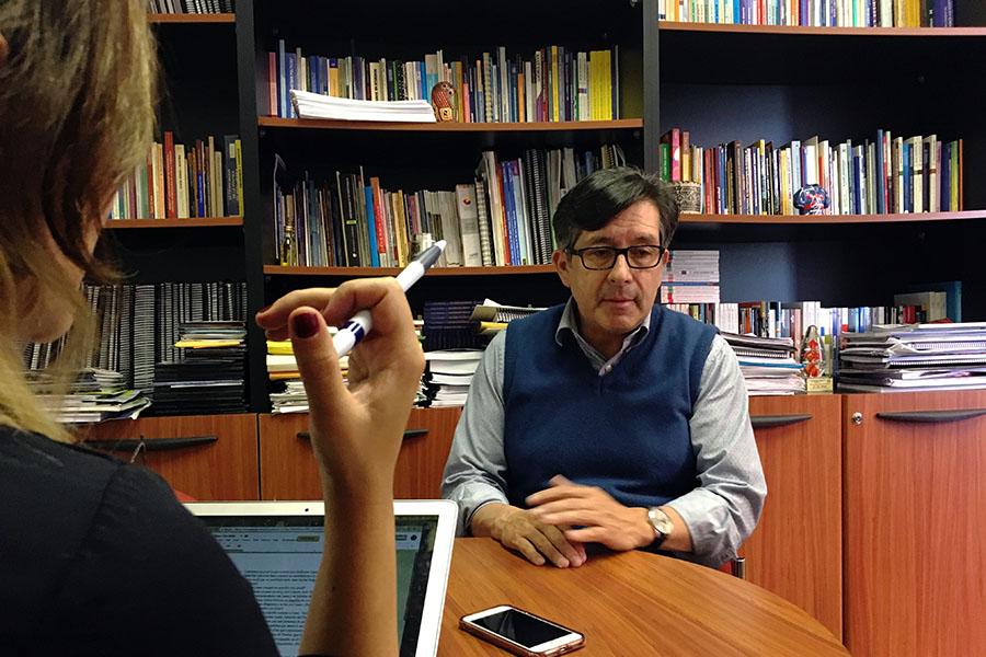 """""""No puedes tener solamente al caudillismo y personalismo como propuesta política"""". Fotografía de José María León para GK."""