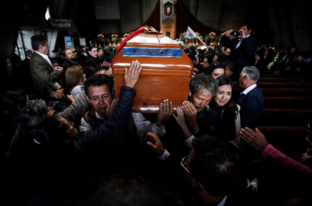 velorio-paul-rivas-periodista-asesinado-en-la-frontera-de-ecuador