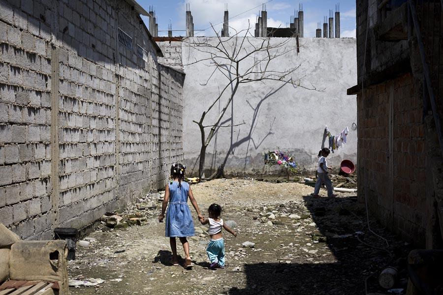 Familias desplazadas de El Pan , viven hacinadas en una casa de San Lorenzo. Foto Periodistas Sin Cadenas.