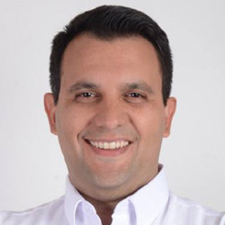Carlos Cassanello es uno de los candidatos a alcalde de Guayaquil 2019