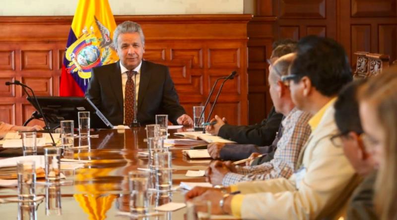 Lenin Moreno delega funciones presidenciales