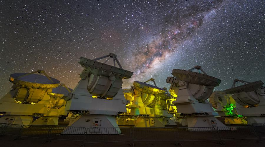 El Atacama Large Millimeter/submillimeter Array (ALMA), en Chile.