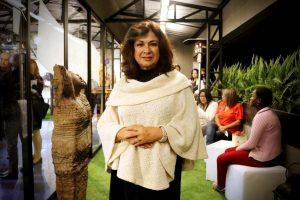 Sara Palacios es escultora y está encargada de organizar la parte artística de la subasta.