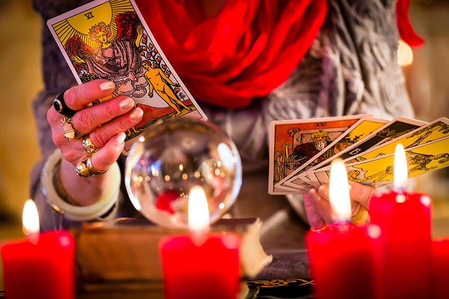 lectura de cartas brujas