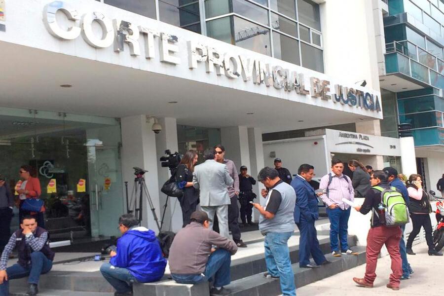 Paola Pabón detenida por la Fiscalía