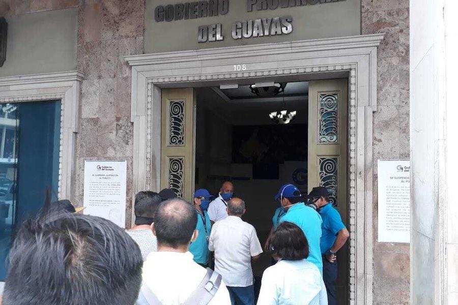 Fiscalía allanó la Prefectura de Guayas