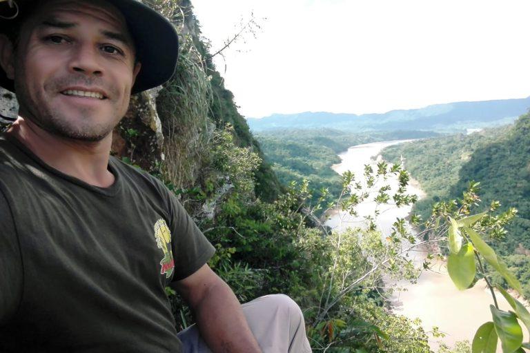 guardaparque del Parque Nacional Madidi