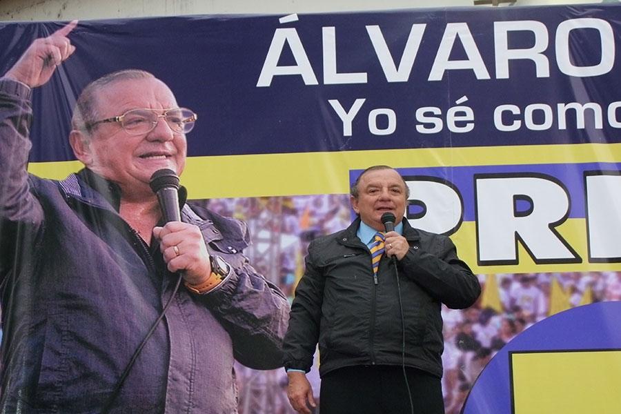 Álvaro Noboa confirmó su precandidatura