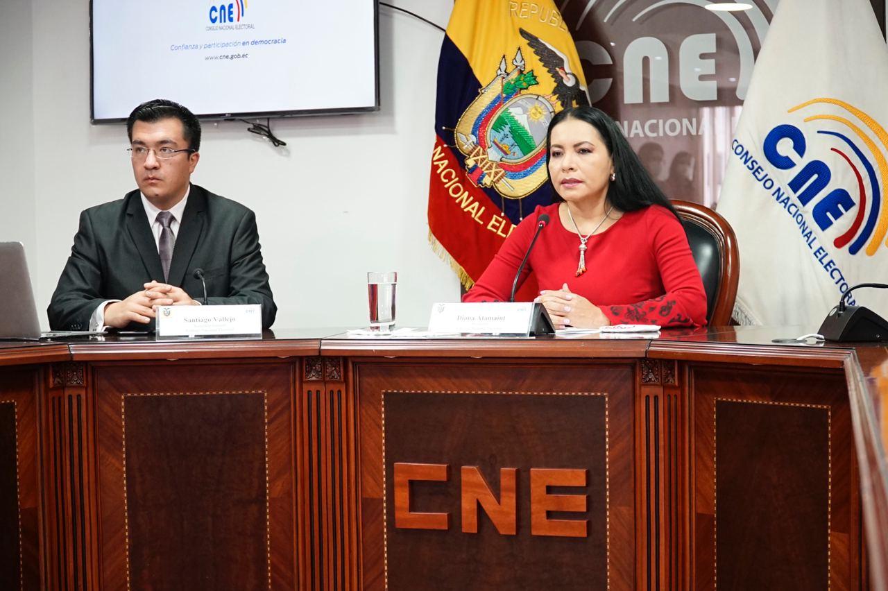 asambleístas de Fuerza Ecuador