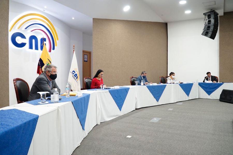 CNE niega inscripción a Gustavo Bucaram de FE