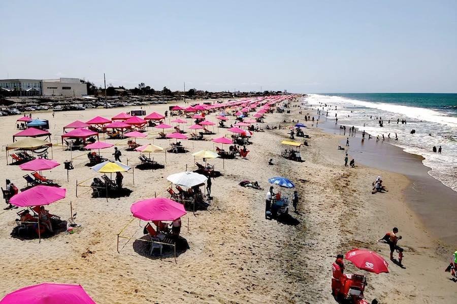 playas cerradas y otras con horarios