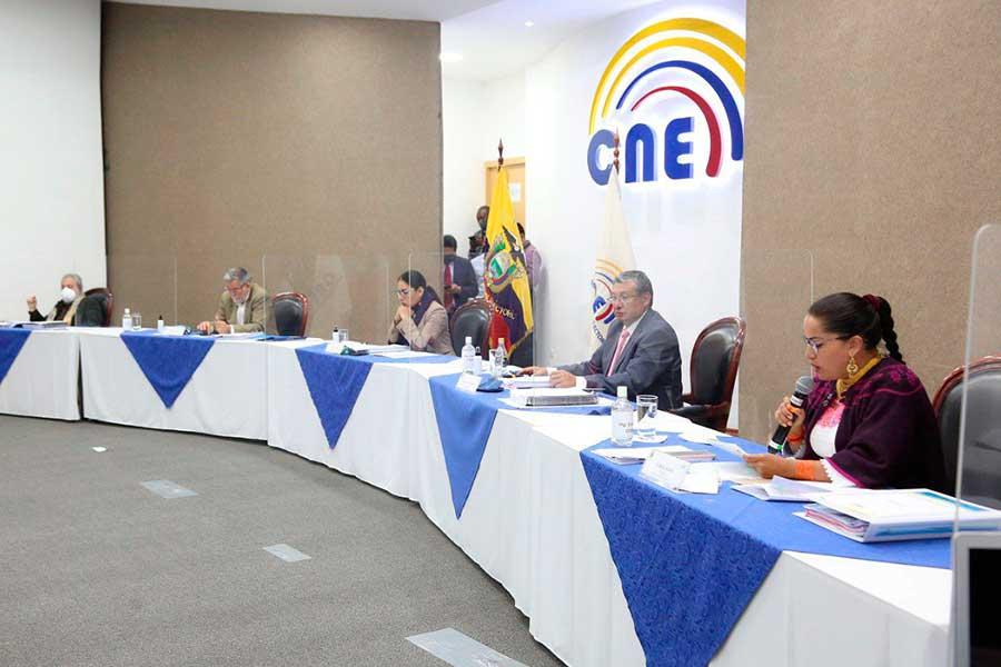 Álvaro Noboa no podrá ser candidato presidencial