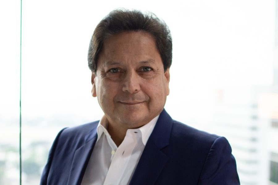 Carlos Sagnay Ecuador tiene un déficit presupuestario